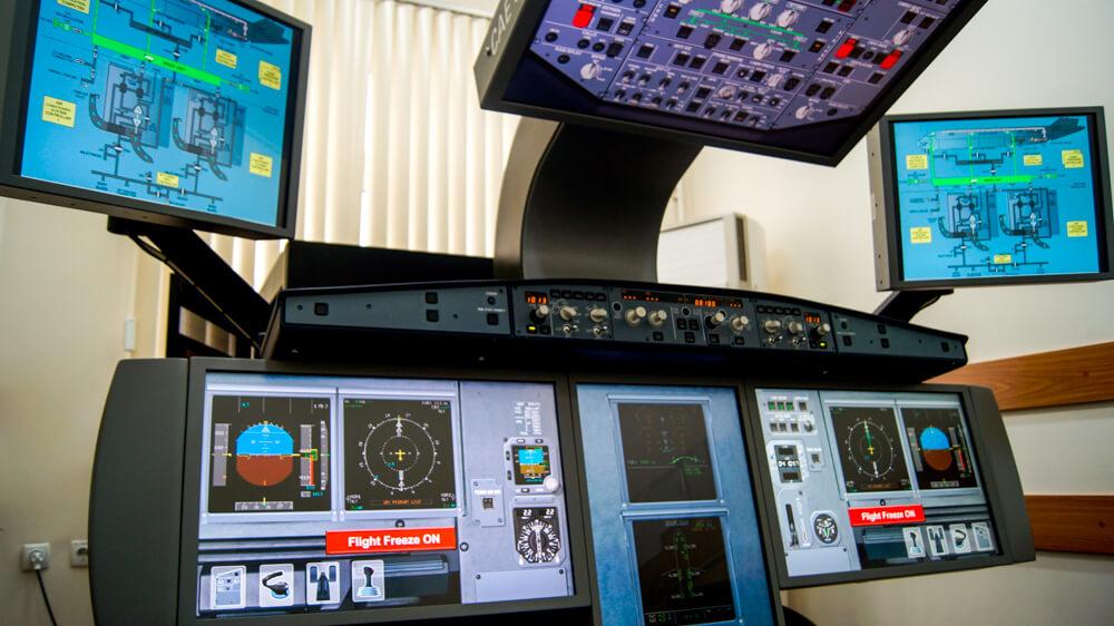 Виртуальный процедурный тренажёр самолёта Airbus 320